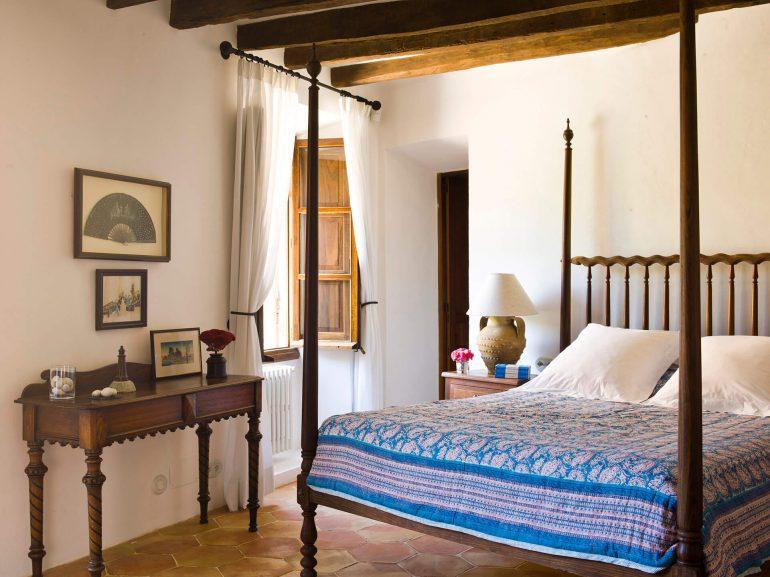 Mallorca-Bedroom--interior-design