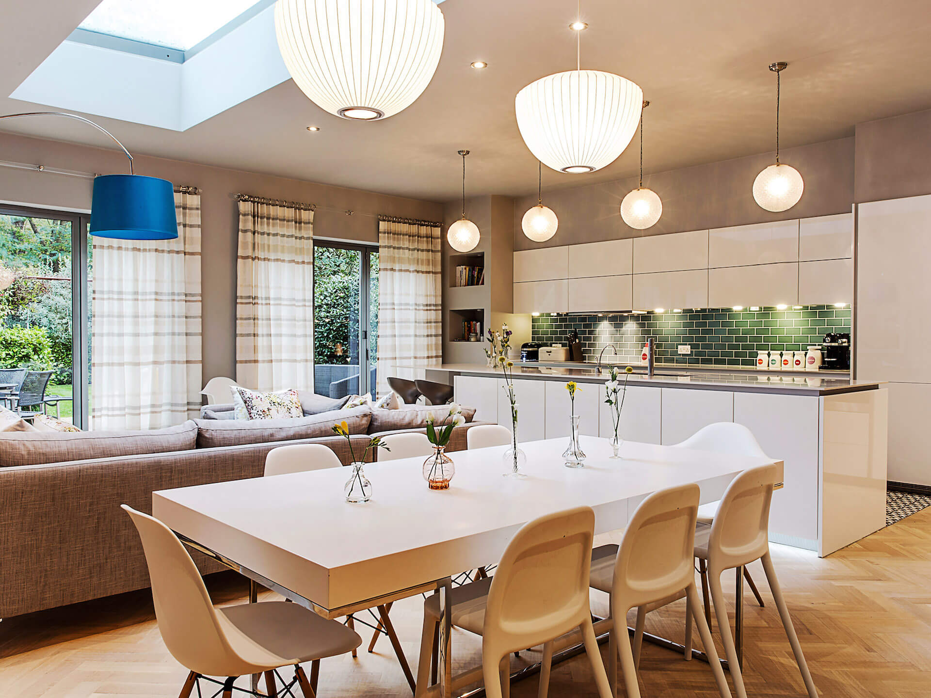 Routh-Road-SW18-dining-area