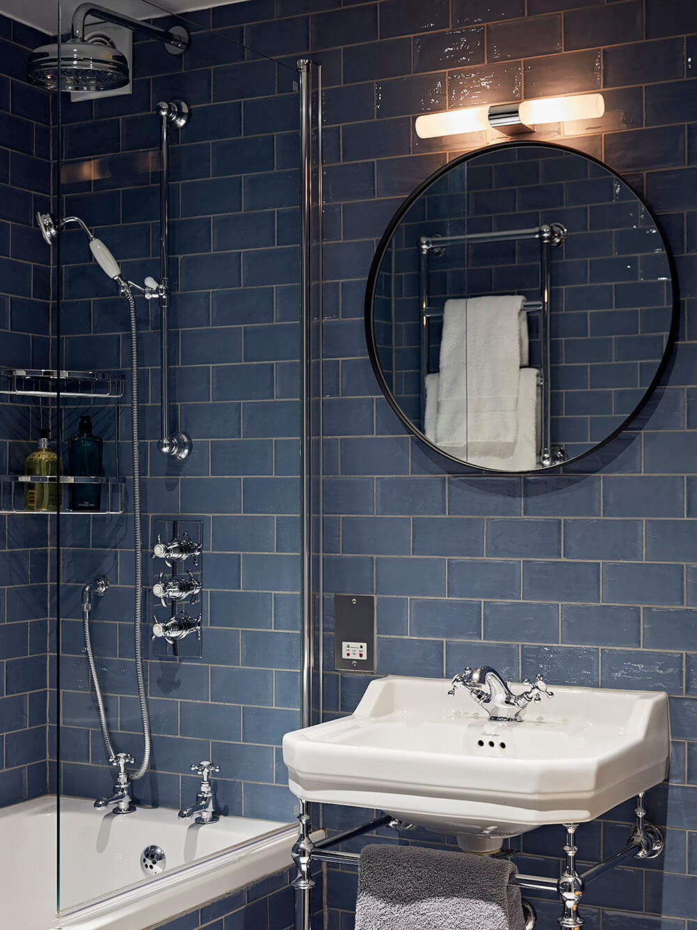 Kensington - W10 - Bathroom - Blue Tiles