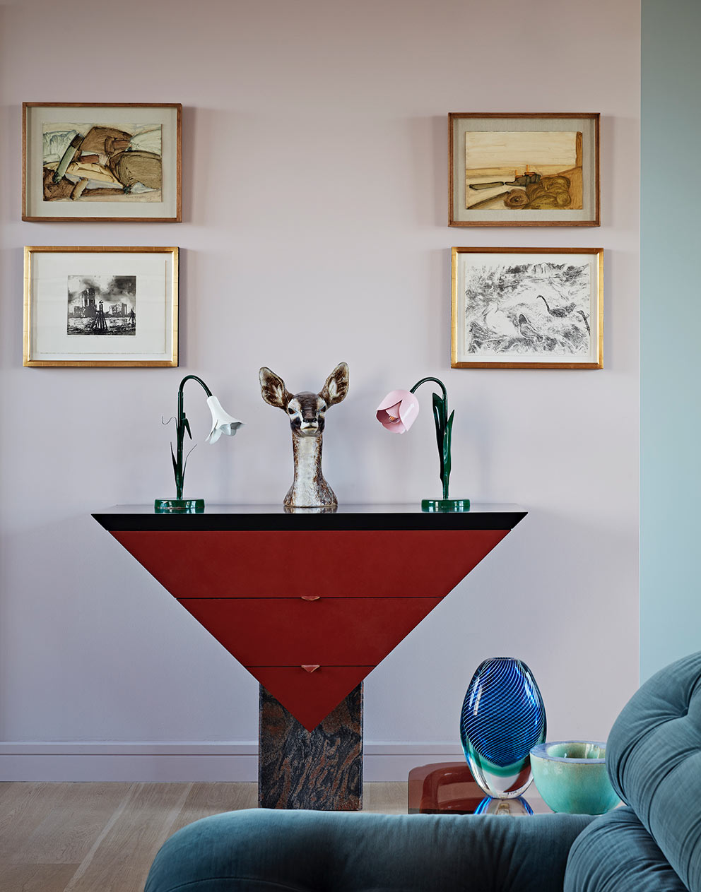 West London pied-a-terre vintage sideboard and flower lamps
